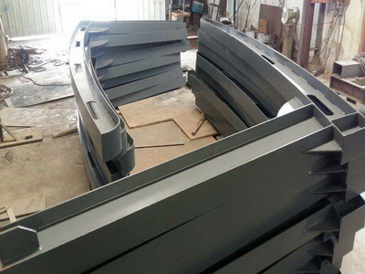 钢结构车棚挑加工2